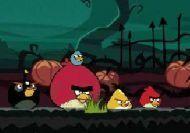 Los angry birds defendiendo Halloween
